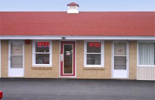 Downeast Motel - Photo 2