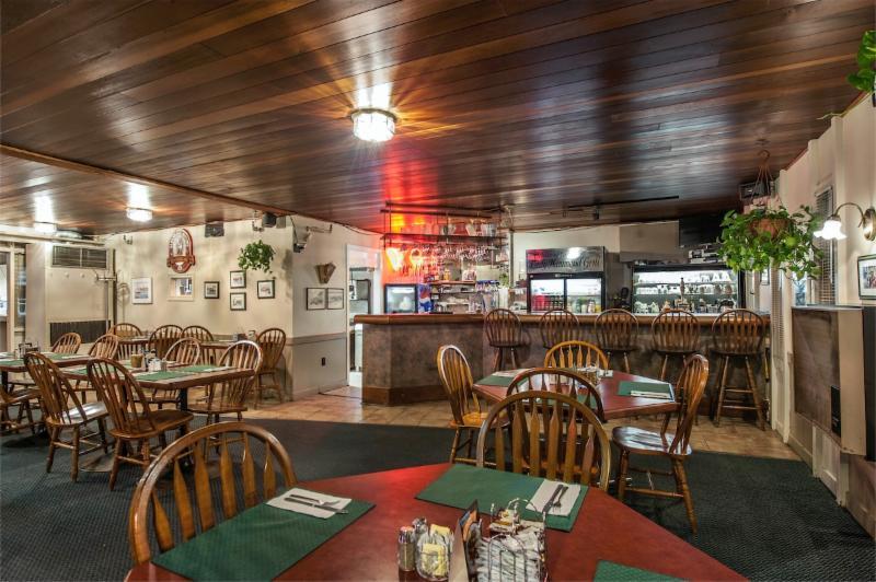 Chebucto Inn - Photo 8