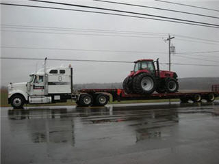 VanOostrum Farm Equipment Ltd - Photo 4