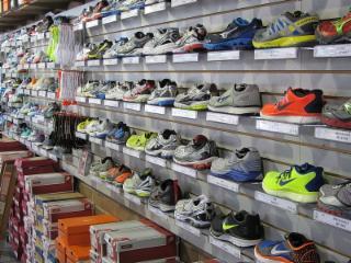 Rackets & Runners - Photo 10