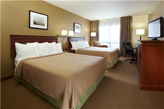 Quality Inn & Suites Airport - Photo 2