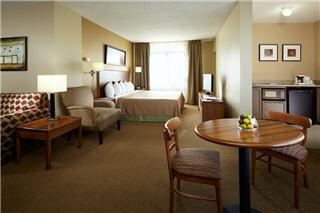 Quality Inn & Suites Airport - Photo 10