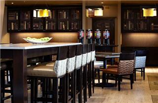 Hampton Inn & Suites by Hilton Montreal (Dorval) - Photo 7