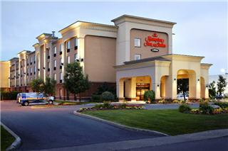 Hampton Inn & Suites by Hilton Montreal (Dorval) - Photo 4