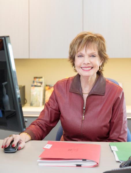 Francine Tétu, Réceptioniste Coordinatrice à la Chirurgie