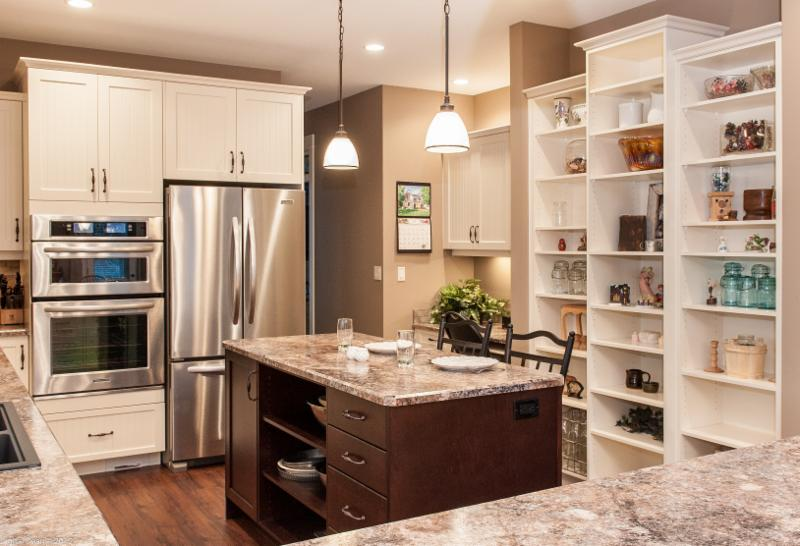 Century lane kitchens inc kelowna bc 800 mccurdy rd for Kitchen cabinets kelowna