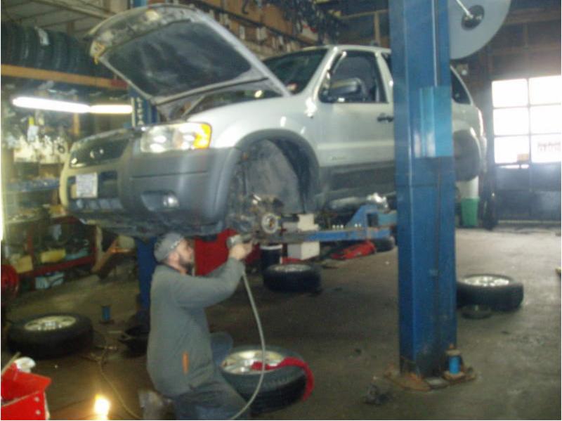 A & A Auto Clinic - Photo 3