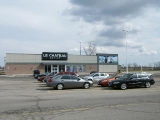 Niagara Square Shopping Centre - Photo 8