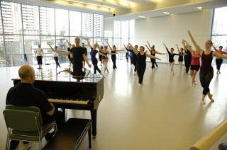 Canada's National Ballet School - Photo 3