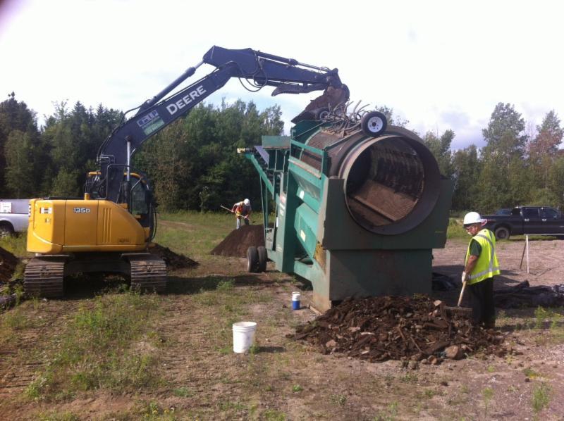 Décontamination de sols , base militaire de Valcartier - G L P Paysagiste inc