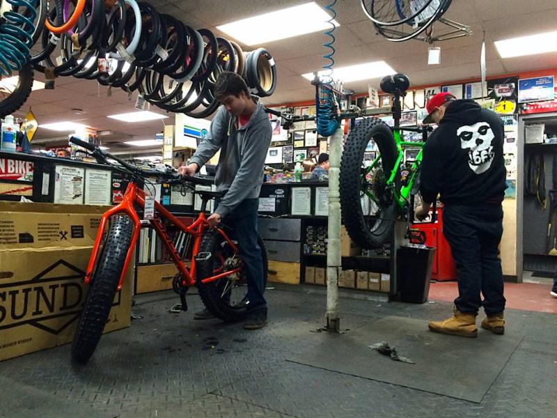 B & P Cycle & Sports Ltd - Photo 2