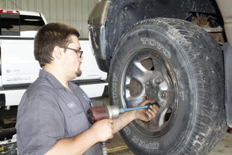 Clare's Auto Repairs & Service - Photo 4