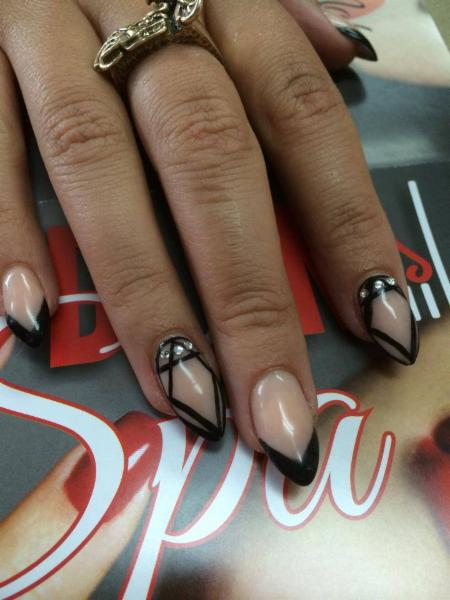 Diva Nails & Esthetics - Photo 3