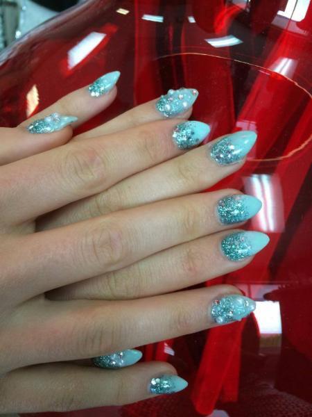 Diva Nails & Esthetics - Photo 10