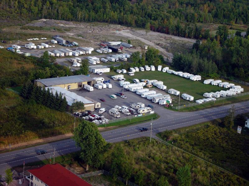 Ottawa Camping Trailers Ltd - Photo 2