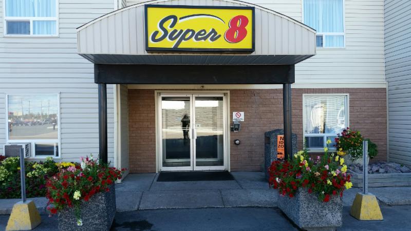 Super 8 - Photo 2