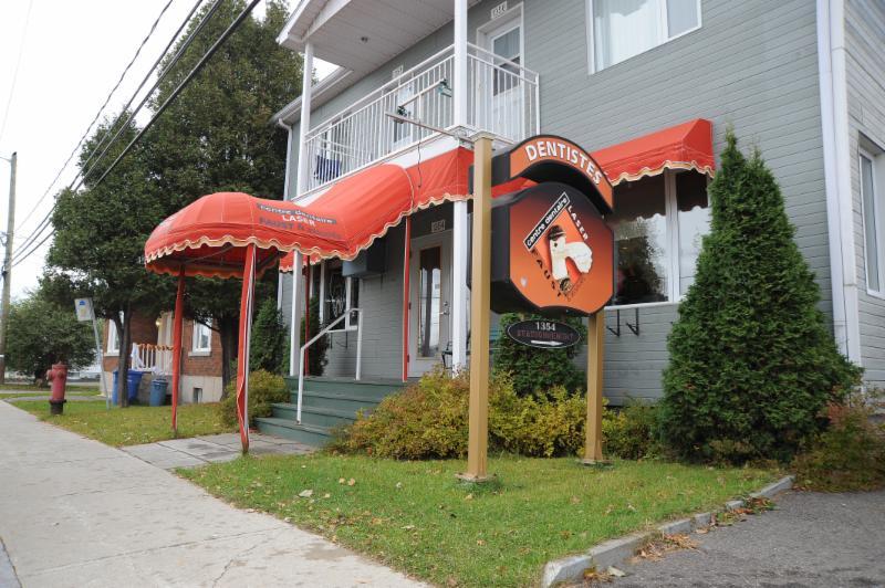 Centre Dentaire Laser Faust & Associés - Photo 1