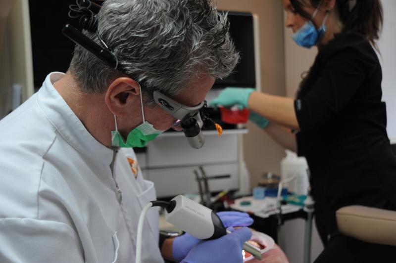 Centre Dentaire Laser Faust & Associés - Photo 13