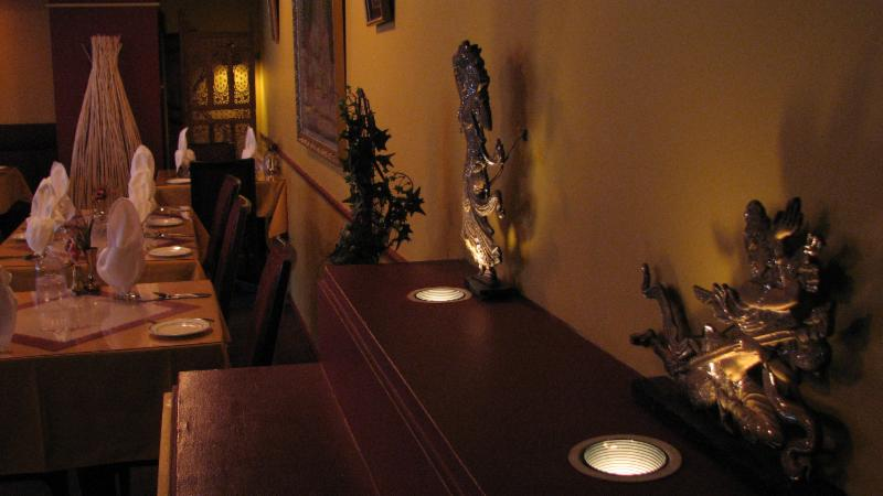 Raga Restaurant - Photo 4