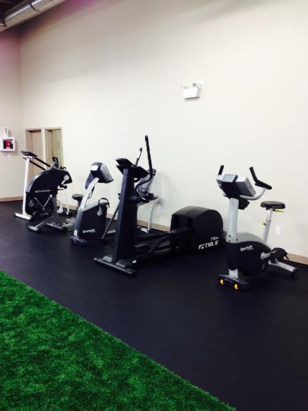 Hillside Physical Health & Fitness - Photo 15