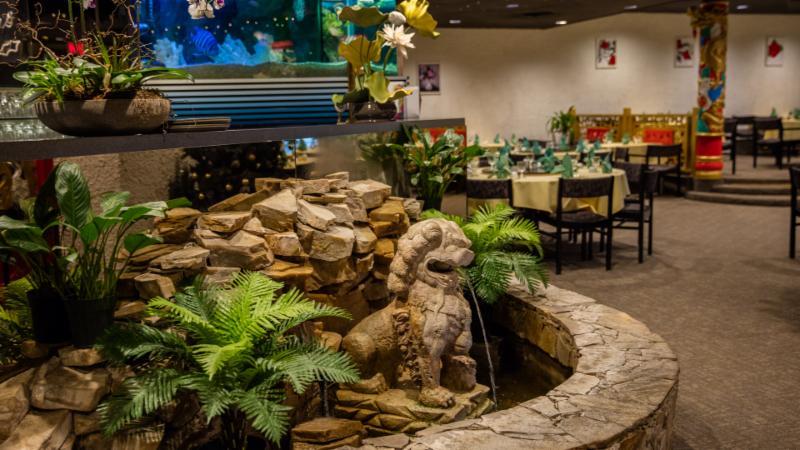 Ming's Restaurant - Photo 3