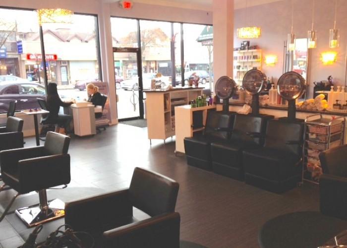 Pillars Salon - Photo 2