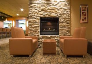 Quality Inn & Suites - Photo 2