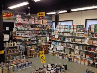 Rotblott's Discount Warehouse - Photo 3
