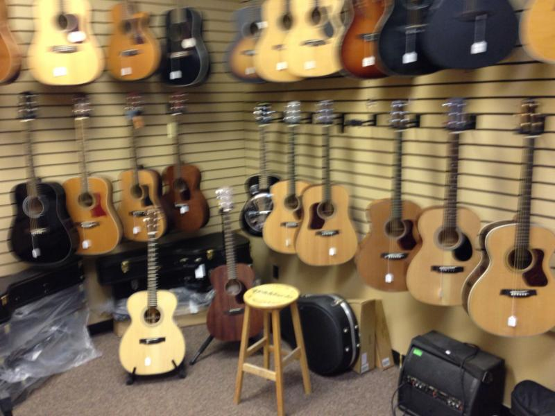 Saks Music Alberta Ltd - Photo 7