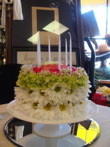 Arlie's Florist & Gift Shoppe - Photo 7