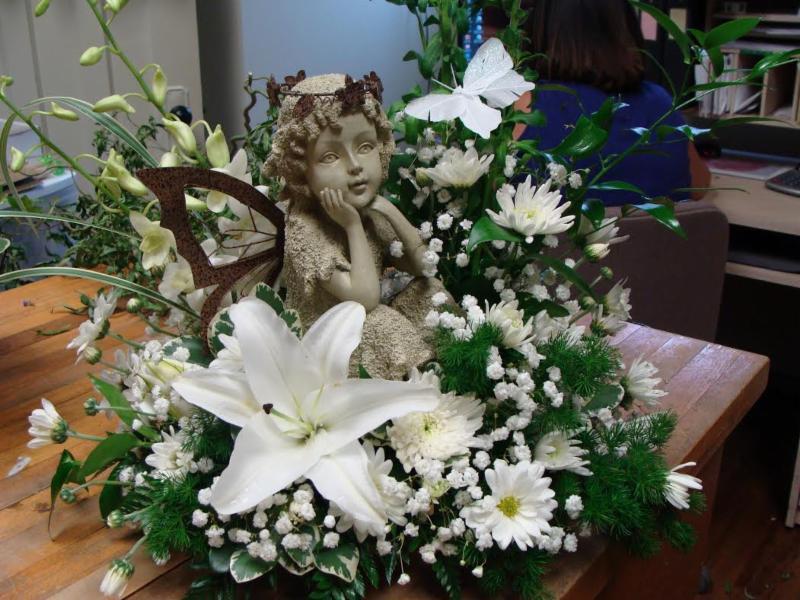 Arlie's Florist & Gift Shoppe - Photo 4