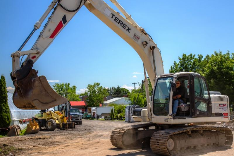 C M Gravel Excavation Inc - Photo 12