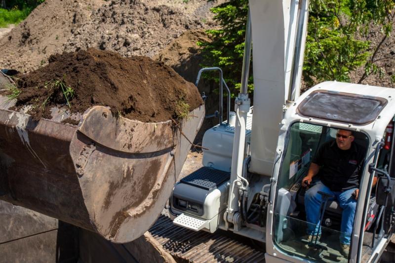 C M Gravel Excavation Inc - Photo 10