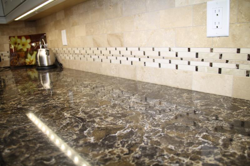 Caledon Tile Bath & Kitchen Centre - Photo 3