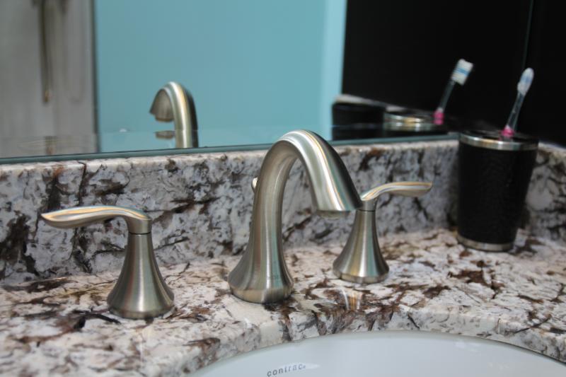 Caledon Tile Bath & Kitchen Centre - Photo 10