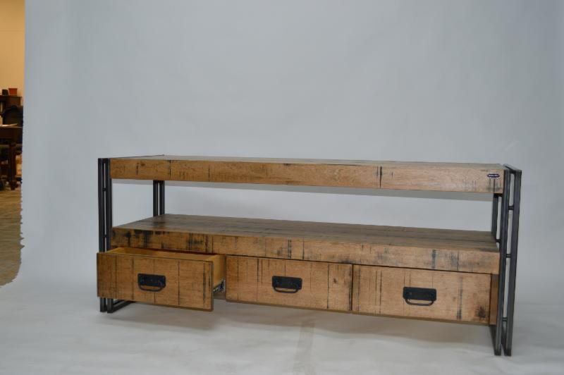 Acad mie du meuble inc granby qc 79 rue d 39 ottawa for Meuble granby