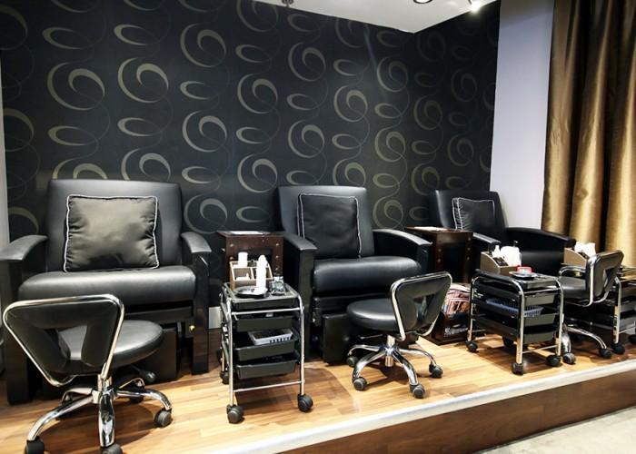 Zazou Salon & Spa - Photo 3
