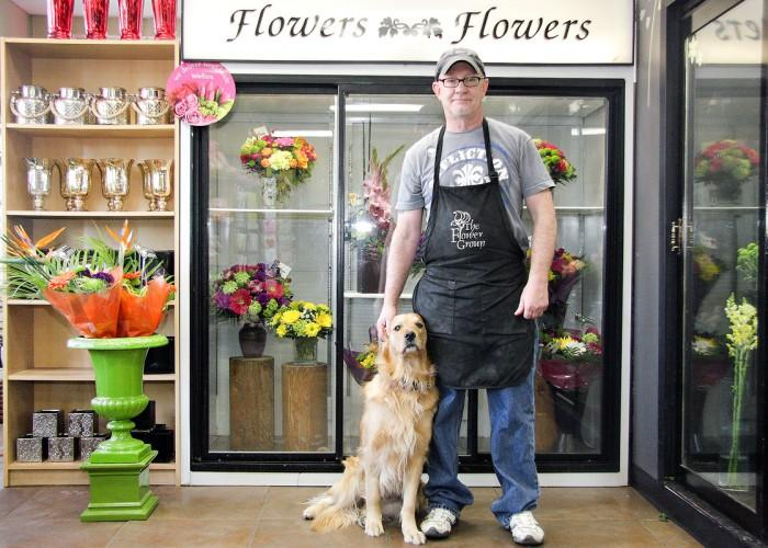 The Tree House Flower Shop - Photo 2