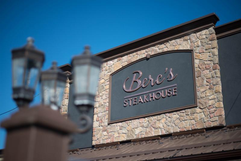 Berc's Steak House - Photo 7