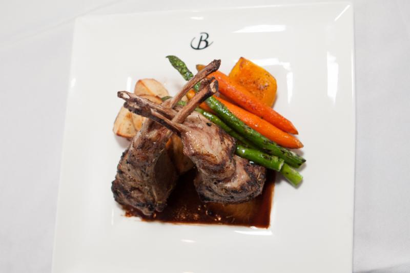 Berc's Steak House - Photo 3