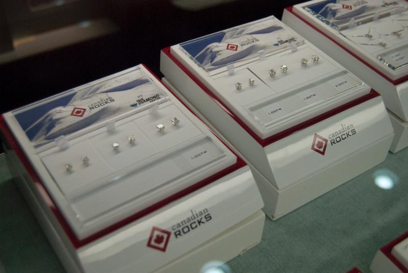H&Z Diamond Centre - Photo 6
