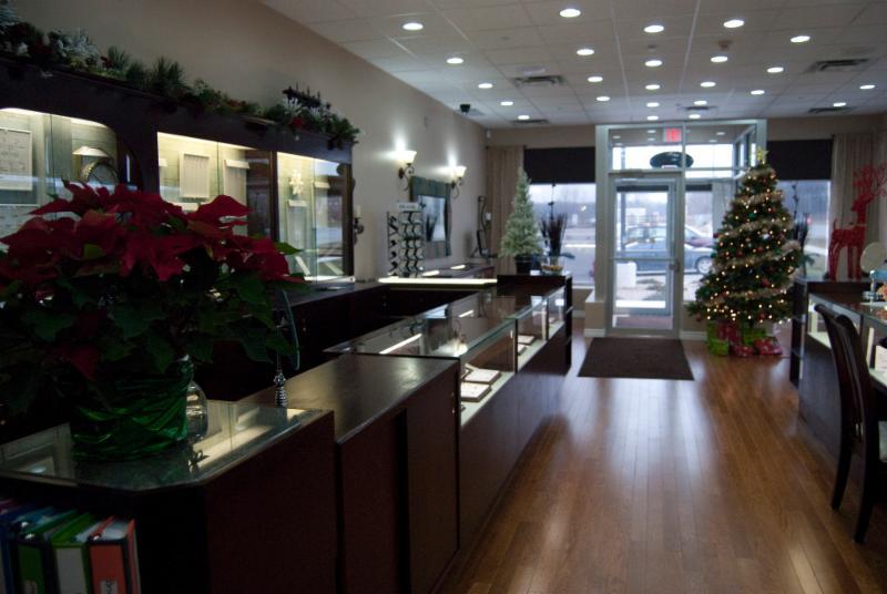 H&Z Diamond Centre - Photo 7