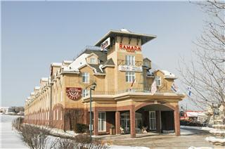 Ramada Plaza - Photo 4