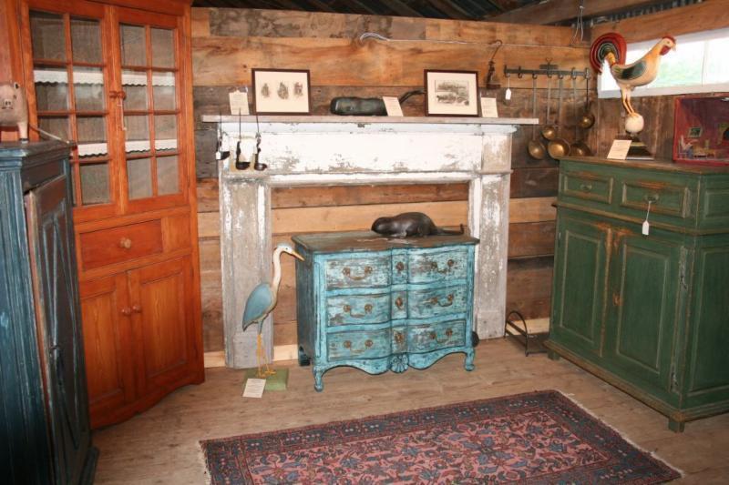 Hinton Antiques - Photo 15