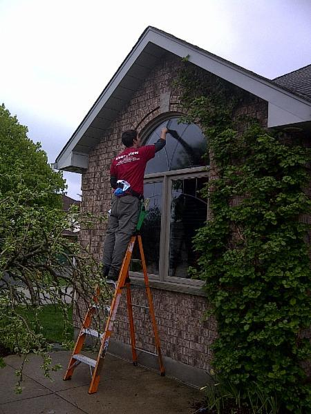 Klear view Window Cleaning - Photo 2