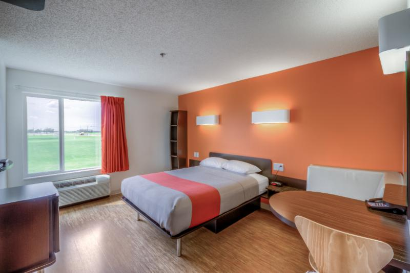 Motel 6 - Photo 65