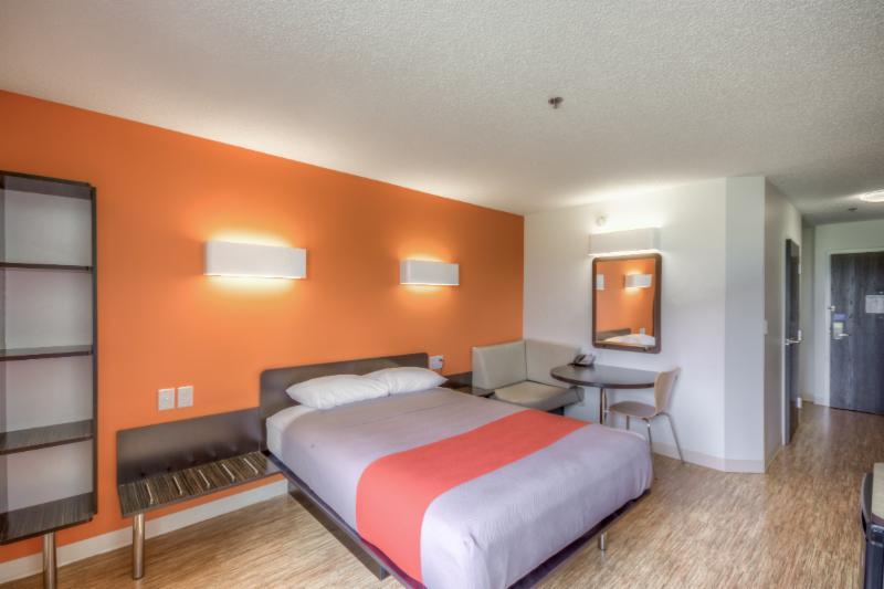 Motel 6 - Photo 47