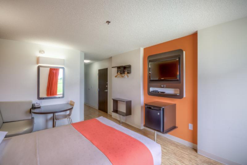 Motel 6 - Photo 67