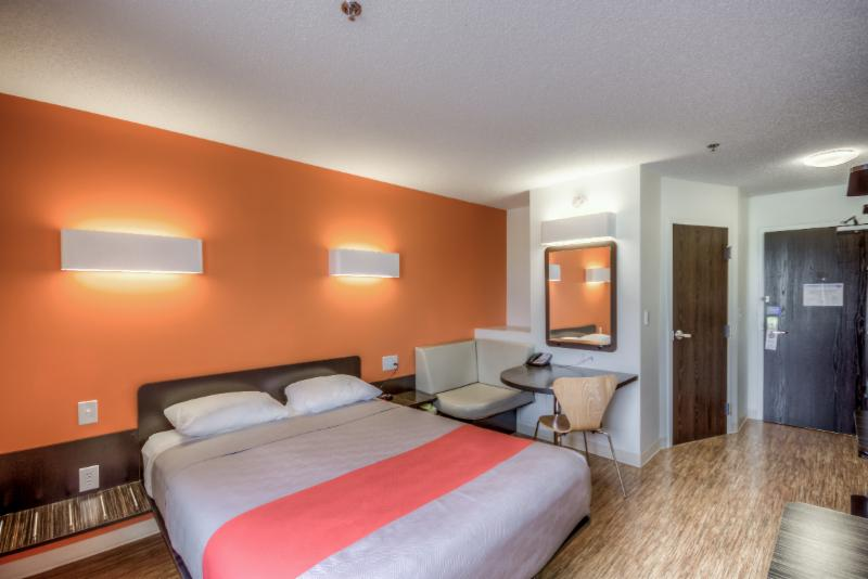 Motel 6 - Photo 45