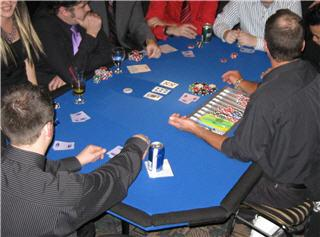 Aces R' Wild Fun Money Casino - Photo 8